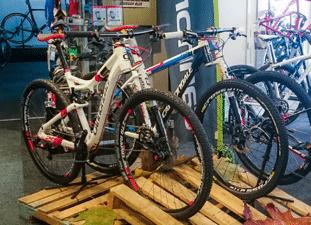 Fietsenwinkel Den Haag | Bike Experts, specialist in Race- , ATB en tourfietsen
